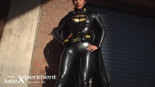 Batgirl latex cosplay