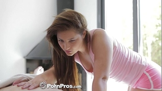 Hd pornpros - euro white wife lana receives oiled up